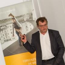 Johannes Meleschnig führte den Aufbau von Regelsystemen für das IoT vor