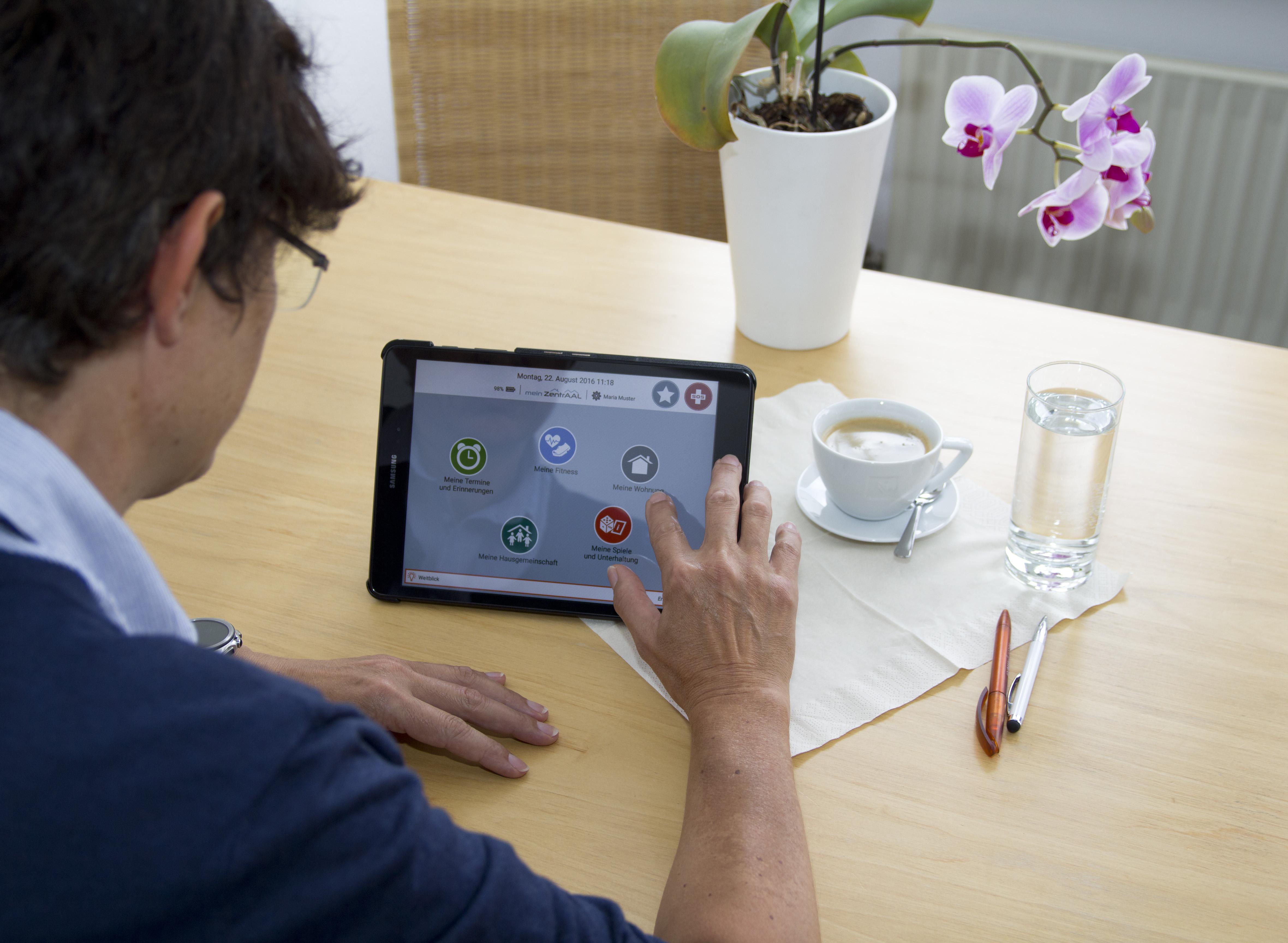 ZentrAAL - mobiles Tablet