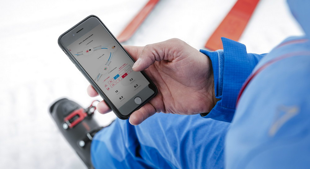 Smarter Skischuh mit Atomic Connected App